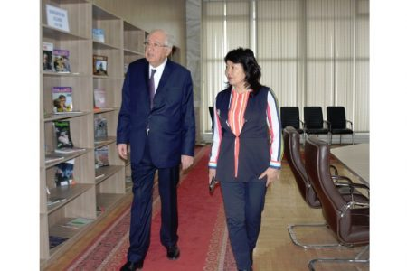 Визит Чрезвычайного и Полномочного Посла Азербайджана в КР Гидаят Худуш оглы Оруджева