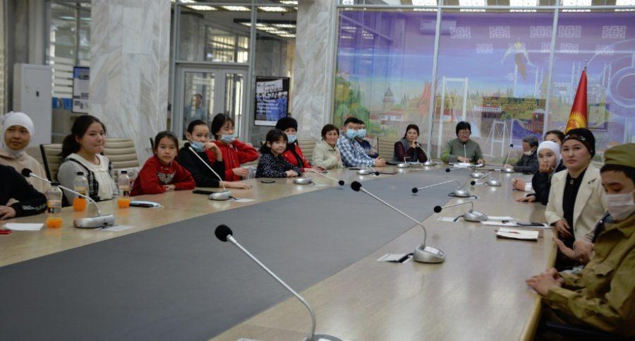 Круглый стол «Образовательные проекты в цифровой среде: партнерство школ и библиотек» в он-лайн формате