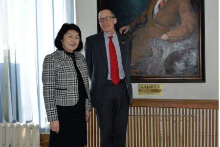 Визит Чрезвычайного и Полномочного Посла Соединенного Королевства Великобритании и Северной Ирландии  в Кыргызской Республике Чарльза Гаррета