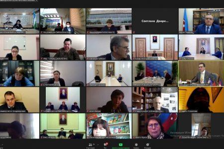 Национальная библиотека КР им. А. Осмонова  приняла участие в Экспертной сессии «Лучшие практики — 2020 и ориентиры — 2021», которая прошла в   онлайн-формате   в   рамках   Международного форума «Содружество библиотек: достижения и перспективы долгосрочного партнёрства».